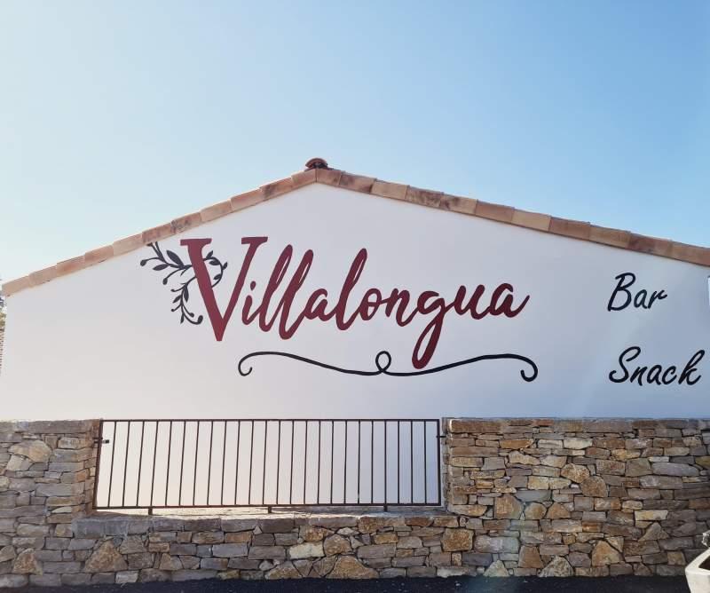 Ouverture de l'épicerie Villalongua